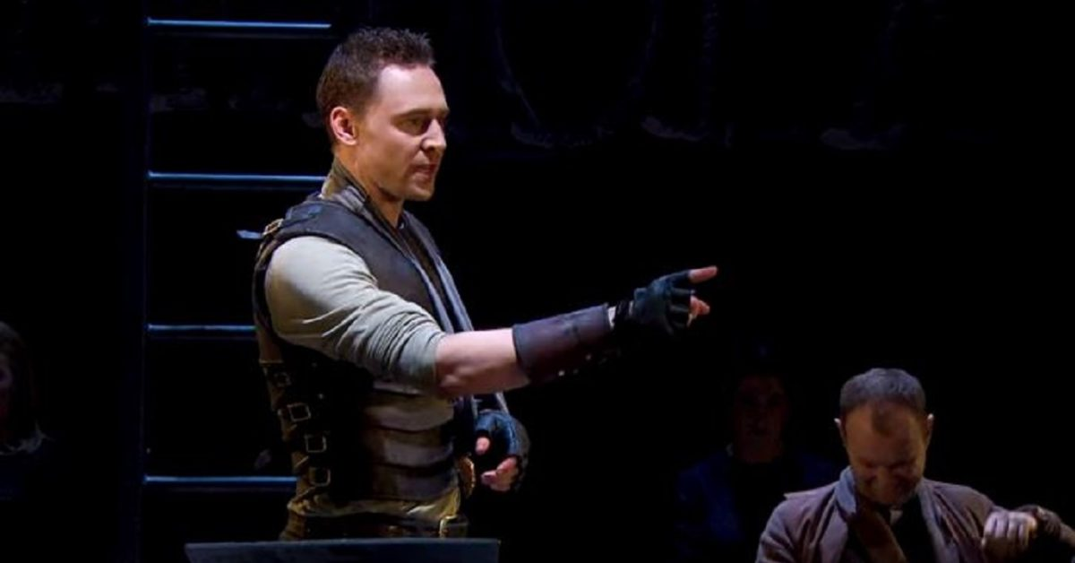 Tom Hiddleston, National Theatre's Coriolanus Proves Relevant As Ever