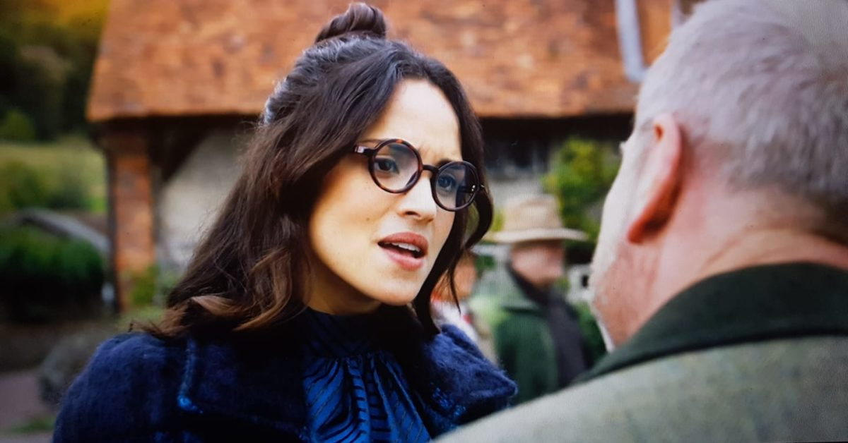 Rogue One: Adria Arjona Reportedly Joins Diego Luna on Disney+ Series