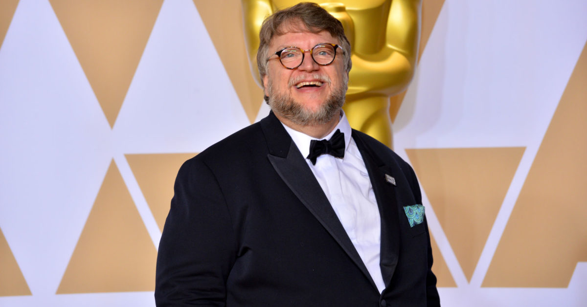 Guillermo del Toro's New Film Nightmare Alley Gets Release Date