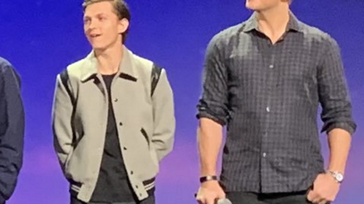 """It's Been A Crazy Week But... I Love You 3000"" -Tom Holland on the D23 Stage For Pixar's Onward - No One Mentions Spider-Man"