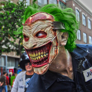 Bleeding Cosplay - Death Of The Family Joker To Game Of Thrones